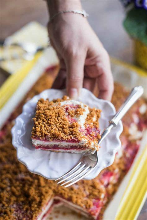 5 ingredient frozen strawberry royale dessert reluctant entertainer