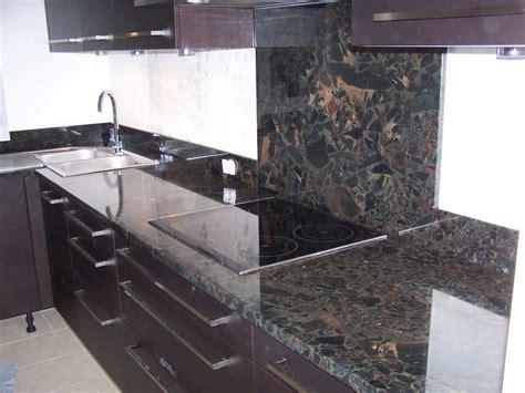 cuisine avec plan de travail en granit granit plan de travail cuisine cuisine granit steel gray