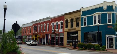 Sofa City Fort Smith Ar Commercial by Bentonville Rogers Begin To See Returns On Downtown
