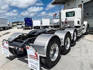 2021 Kenworth W990 Tri Axle Day Cab Truck