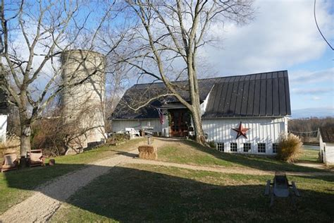 Picture Of The Barns At Hamilton Station