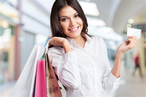 Which Credit Card To Choose For Shopping?