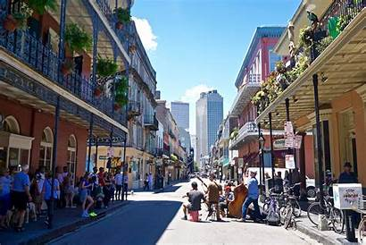 Orleans French Quarter Chloe Packed Tourists Cowardly