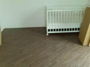 Laminat Verlegen Welche Richtung : laminat verlegen welche richtung zum fenster wohn design ~ Frokenaadalensverden.com Haus und Dekorationen