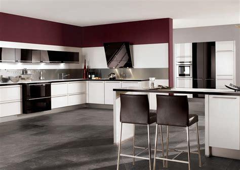High Gloss Kitchen Designs For Modern House