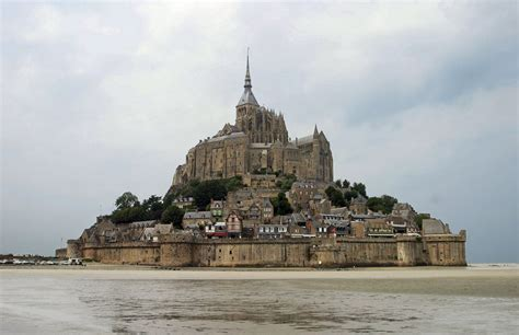 mont michel malo guide to the island and of mont st michel