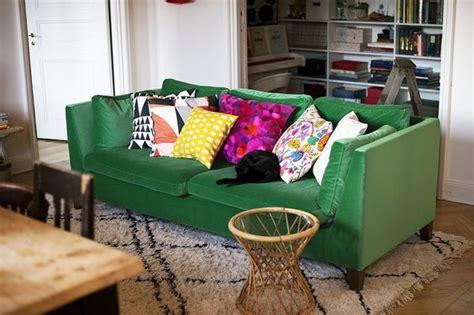 almofadas sofa verde musgo almofadas para sof 225 deixe sua sala incr 237 vel viver em casa