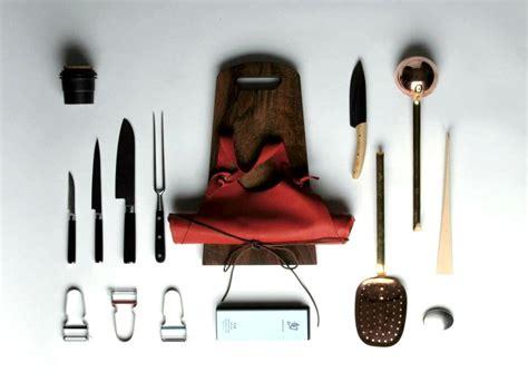 set ustensiles de cuisine set ustensiles de cuisine w trousseau pickture