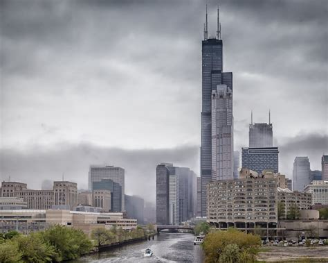 chicagos willis tower  face   change