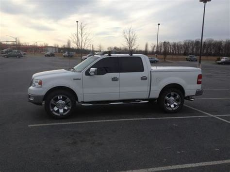 Sell Used 2004 Ford F150 Crew Cab 4x4 Lariat In