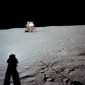 Celebrate the Moon landing with 10 debunked 'Moon Hoax ...