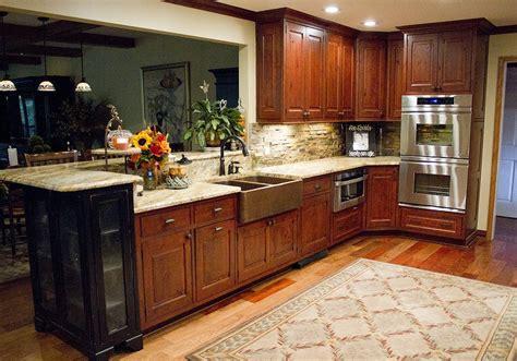 mouser vintage  beaded inset kitchen cabinet standard