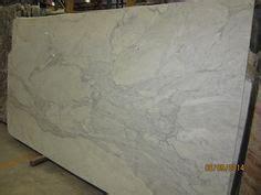 kitchen spaces on carrara marble bar