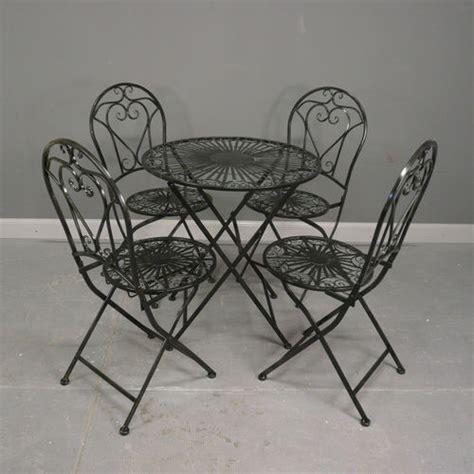 table de salon de jardin en fer forge salon de jardin en fer forg 233 chaise en fer forg 233