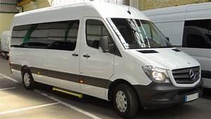 Location Camionnette Lille : location grand minibus avec grand coffre ~ Voncanada.com Idées de Décoration