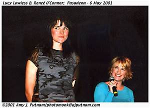 Pasadena 2001: Reneé O'Connor and Lucy Lawless - 3