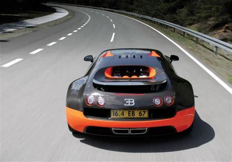 Bugatti Veyron Super Sport Sets 267.8-mph Top Speed Record