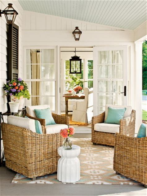 tips  decorating small front porch ideas