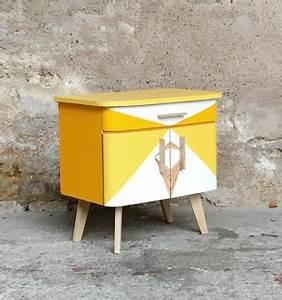 Table De Chevet Jaune : excellent chevet vintage motifs graphiques jaune relook with table de chevet jaune ~ Melissatoandfro.com Idées de Décoration
