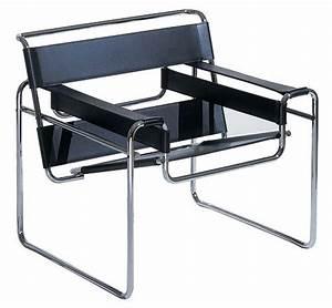 Wassily Kandinsky Chair : fauteuil wassily de marcel breuer fabriqu dans les ateliers du bauhaus marque le d but du design ~ Markanthonyermac.com Haus und Dekorationen