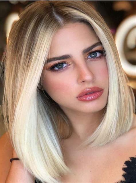 Gorgeous Face Framing Blonde Highlights for Lob Cuts in ...