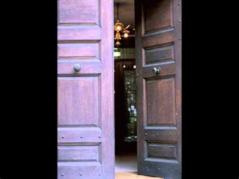 door sound effect creaking door sound effect