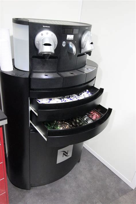 nespresso siege machine a cafe de marque nespresso gemini cs200 pro et