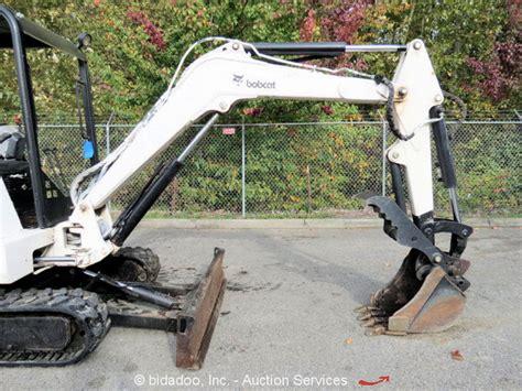 bobcat  mini excavator rubber hydraulic thumb