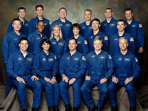 File:NASA Astronaut Group 18.jpg - Wikimedia Commons