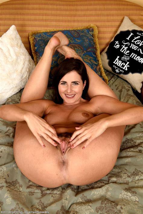 All Over 30 Helena Price Admirable Milf Imagefap Sex Hd Pics