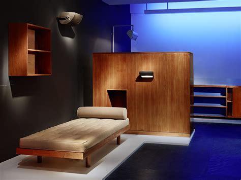 Le Glühbirne Design by Galerie Downtown Presents Le Corbusier Crash