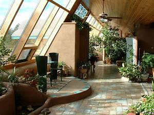Introduction to Earthships self-sustained living