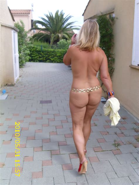 Cougar Milf Nude Chrissy From Europe - YOUX.XXX