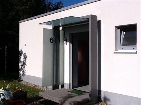 Hauseingang Modern Gestaltennees Edelstahlverarbeitung