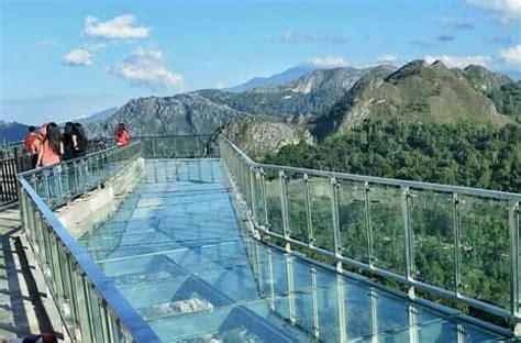 wisata jembatan kaca  tana toraja  dipakai