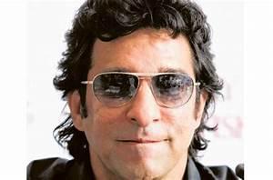 Pakistan Cricket Players Biography Detail : Wasim Akram