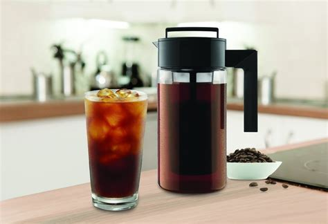 Coffee maker that makes iced coffee reviews in 2021. Takeya Cold Brew Iced Coffee Maker at BEST price!