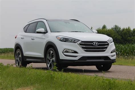 2016 Hyundai Tucson Crossover Review
