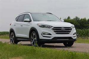 Hyundai Tucson 2016 : 2016 hyundai tucson crossover review digital trends ~ Medecine-chirurgie-esthetiques.com Avis de Voitures