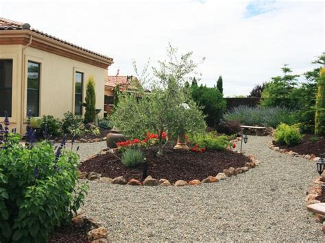 tuscan backyard landscaping ideas guide and how to do tuscan style backyard landscaping pictures using stone instead of mulch