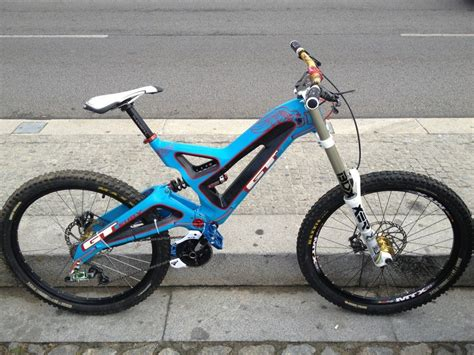 2011 GT Fury Carbon