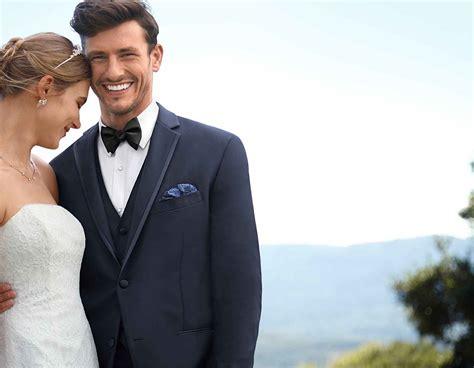 Tuxedos & Formalwear | Men's Tuxedo Rental | JoS. A. Bank ...