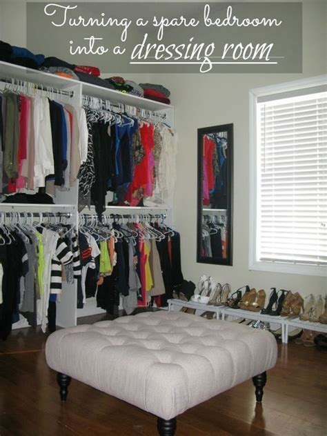 Bedroom Turned Tv Room by Diy Turning A Spare Bedroom Into A Dressing Room On A