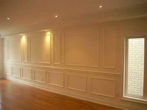 What Is Wainscoting? Wainscot Paneling