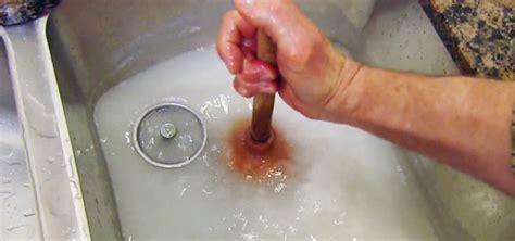 summer bathroom plumbing tips