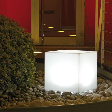 vasi led cubo luminoso da giardino ed interno modus light nicoli