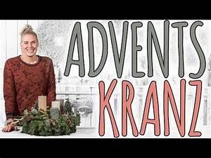 Metallständer Für Adventskranz : 25 einzigartige weihnachtsblumen ideen auf pinterest weihnachten blumenarrangements ~ Markanthonyermac.com Haus und Dekorationen