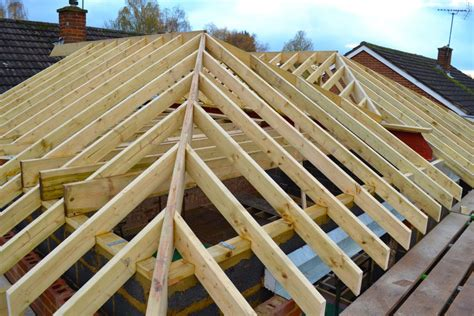 Hipped Gable Roof by Hip Roof Vs Gable Roof Pros Disadvantages Of Each