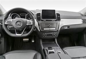 Fiche Technique Mercedes Classe A : fiche technique mercedes classe gle 450 4matic amg a 2015 ~ Medecine-chirurgie-esthetiques.com Avis de Voitures