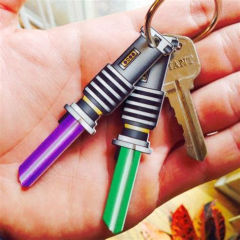 FOR THE HOME :: Star Wars Lightsaber Keys (Green and